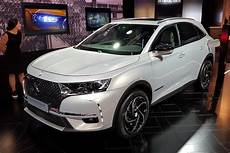ds7 crossback hybride ds7 crossback e tense hybrid breaks cover at show
