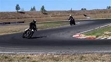 stage de perfectionnement moto sur piste avec l auto 233 cole