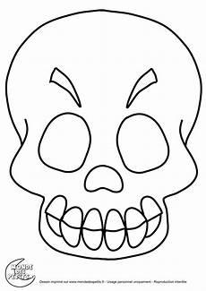 coloriage halloween a imprimer qui fait peur squelette artemia org