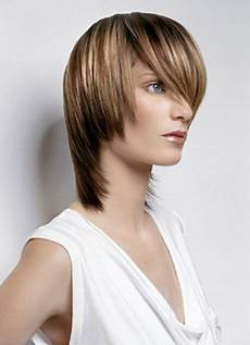 bi level bob haircut easy to keep bi level haircut with the hair fringed around the neckline