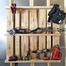 pegboard selber bauen pallet idea tool organizer for the garage