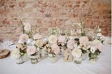 petit bouquet de fleurs pour table composition de fleurs pour table de mariage xa87 jornalagora