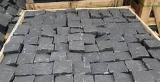 pflaster nach rütteln uneben basalt pflaster backes