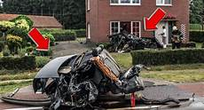 Unfall A8 Gestern - someone walked away from this horrific crash that split an