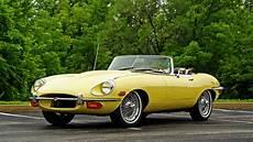 ancienne jaguar cabriolet 3840x2160 jaguar r 233 tro style 1968 e type jaune cabriolet