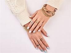 what finger does your wedding ring go smartest brides
