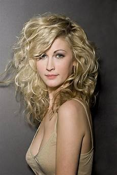 35 trendy layered hairstyles for hair trhs
