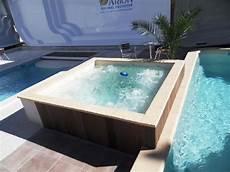 mini piscine coque la solution des petits terrains la mini piscine