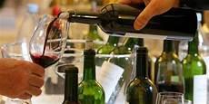 le vin le plus cher du monde co 251 te 14 000 euros la