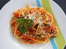 Spaghetti Mit Gemüse - gem 252 se spaghetti isabel85 chefkoch de
