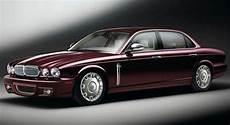 jaguar представил последние автомобили daimler eight
