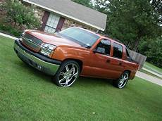 how to learn about cars 2005 chevrolet avalanche 1500 parental controls nelaaa1 2005 chevrolet avalanche specs photos modification info at cardomain