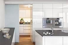 speisekammer in küche integriert 78 komplett fronten k 252 che arbeitsplatten k 252 che zuschnitt