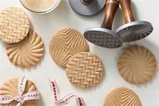 kekse dekorieren mit stempeln ideen mit keks stempel und