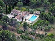hotel le beausset maison de vacances domaine du gourganon le beausset