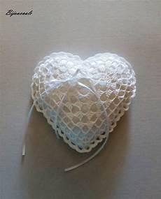 cuscino cuore uncinetto cuscino portafedi a forma di cuore ad uncinetto feste