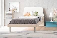 letti singoli in legno letto singolo in legno e bianco terry clever