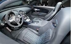 Look 2012 Bugatti Veyron Grand Sport Vitesse