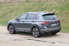 new 2019 volkswagen tiguan r spied testing pictures