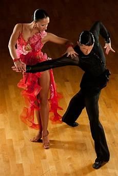tanz und musik aus lateinamerika lateinamerikanische t 228 nze und hei 223 e rhythmen