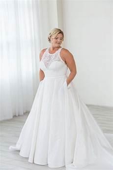 plus size wedding dresses portland or bridal boutique wedding dress with pockets