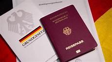 nach brexit mehr briten wollen deutschen pass