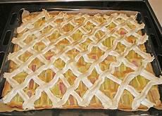 Rhabarberkuchen Mit Baiser Vom Blech - rhabarberkuchen mit baisergitter vom blech rezept mit