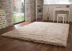 hochflor teppich wieder flauschig machen hochflor teppich pindos global carpet