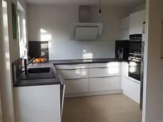 Küche U Form - kleine offene k 252 che in u form sch 252 ller fertiggestellte k 252 chen