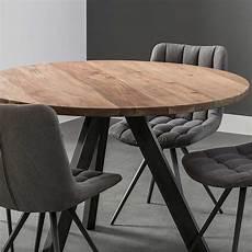 holztisch rund esszimmertisch aus akazie massivholz rund tisch kaufen de
