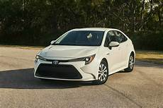 toyota corolla hybride 2019 india bound 2019 toyota corolla gets new fuel efficient hybrid variant