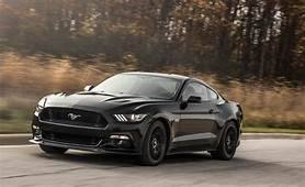 2016 Ford Mustang GT Coupe  Photo Gallery Of Long Term