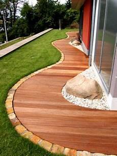 Gartenweg Aus Holz - holzterrasse geschwungen haus beautiful