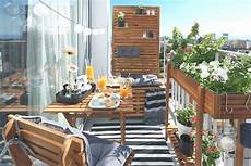 schmaler balkon gestalten balkon schmal gestalten