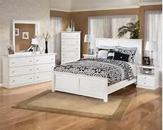 schlafzimmer weiße möbel schlafzimmerm 246 bel in wei 223 42 ideen archzine net