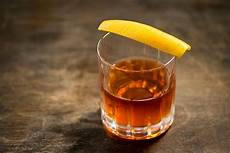 timeless cocktails 35 best whiskey drinks improb