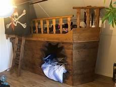 kinderbett piratenschiff kinderbett piratenschiff doppelst 246 ckig kaufen auf ricardo