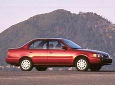 blue book used cars values 1995 toyota corolla interior lighting 1993 toyota corolla pricing ratings expert review kelley blue book