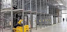 scaffali drive in scaffalature drive in massimo sfruttamento dei volumi