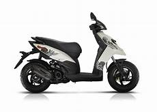 Cd Scooters Motorcycles Piaggio Typhoon 50 2t