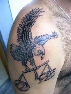 tatouage aigle signification aigle que signifie l aigle pour un tatouage