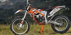 Scorpio Modif Trail Ktm 250 by Ktm Rilis Motor Trail 250cc 2014 Otosia