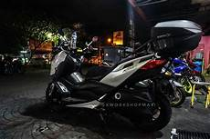 Modifikasi Xmax 250 by Modifikasi Yamaha Xmax 250 Pakai Box Shad Sh58x