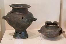 vaso romano antico immagini di riserva di vaso di ceramica rotto la