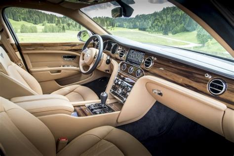 8 Great Interior Features Of The 2017 Bentley Mulsanne