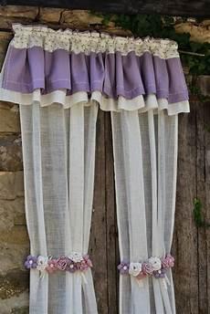 fiori per tende tende country fai da te tende lunghe bianche con fascia