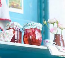 rosengelee rezept rosengelee rosenwasser gelee