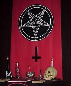Penggepeng Gereja Setan Satanic Church