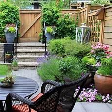 Ideen Wohnen Garten Leben - kleiner garten so gestaltest du ihn richtig brigitte de