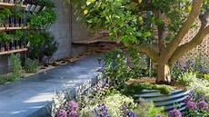 city garden inspiration and trends